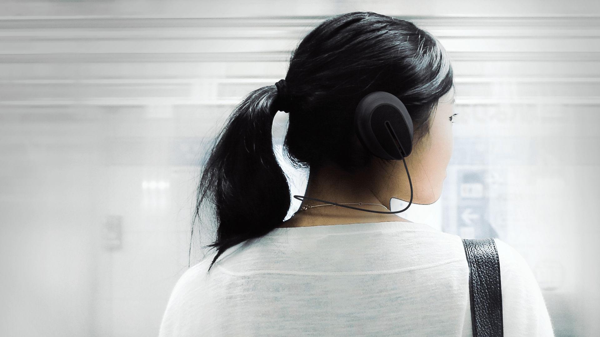 Isolating Earphones-Earphone_Render1_JPG-Marco-Bonanni